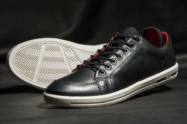 Concorra a calçados Ferracini