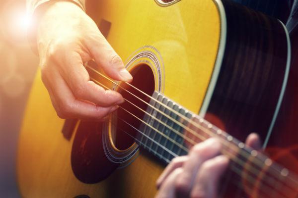 concorra a violão e CDs